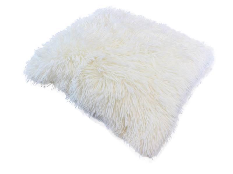 APT Plyšový chlupatý povlak na polštář 43 x 43 cm béžová