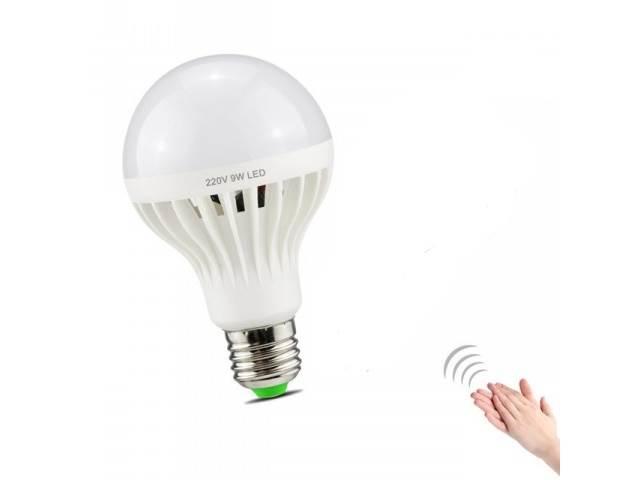 ART 001241 9W LED žiarovka sa súmrakovým a zvukový senzorom