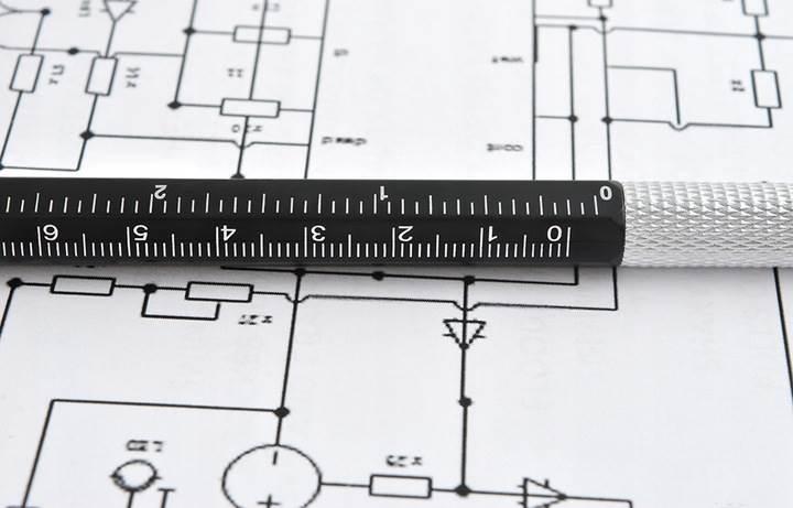 ISO 6337 Viacúčelové pero 6 v 1 čierna4