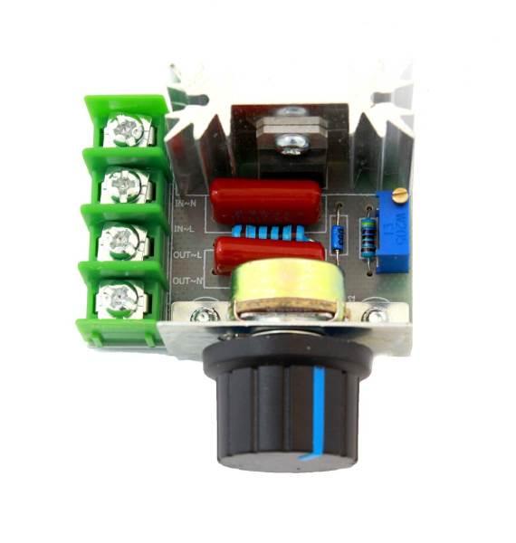APT AG660 Regulátor otáčok pre sériové motory 2000W 230V