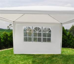 Malatec bočnice stanu 3 x 3 m s oknami biela
