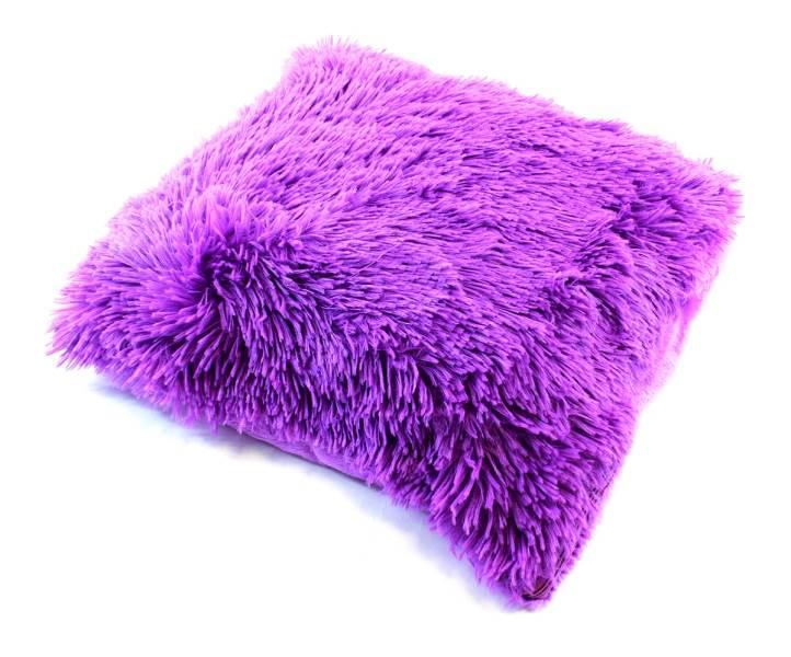 APT Plyšový chlupatý povlak na polštář 43 x 43 cm fialová