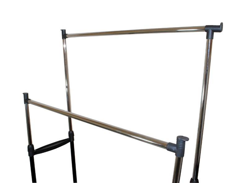 ISO 398 Nastavitelný dvojitý stojan na oděvy se 4 kolečky a 2 tyčemi 2
