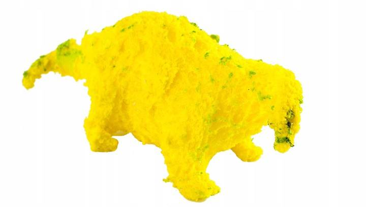 ISO 6156 Dinosaurus líhnoucí a rostoucí z vajíčka 6 cm2