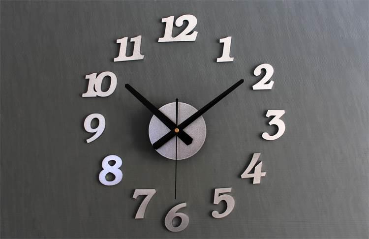 KIK Dizajnové 3D nalepovacie hodiny 130 cm strieborné