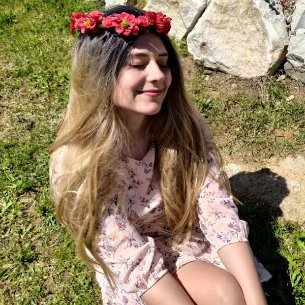 GFT Kvetinová čelenka - červená